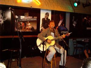 Tepoe Acoustic Live Bluebird Cafe